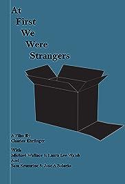 Al principio, éramos extraños